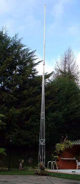 antena montada no suporte